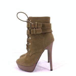 Shoe Dazzle Women's High Heels Size 6